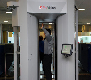 Airport x-ray machine