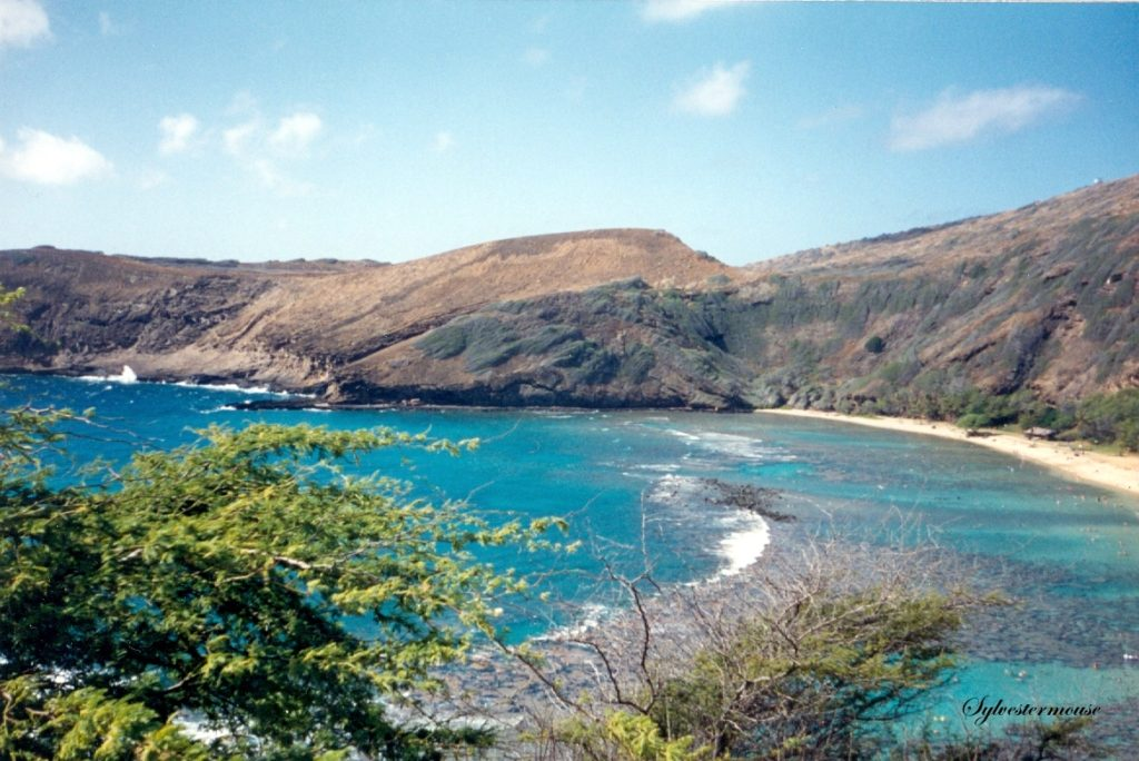 Hanauma Bay in Hawaii Photo by Sylvestermouse