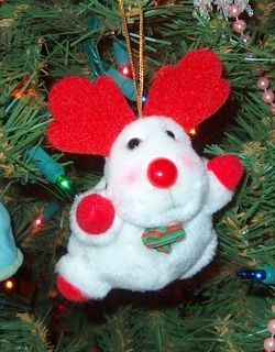 Belevedere Christmas ornament - plush white deer