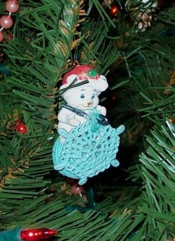 Crocheting Mouse Christmas tree ornament